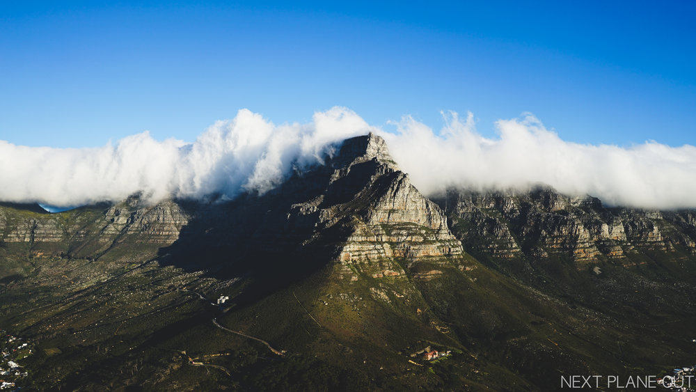 The view of Table Mountain from Lion's head. I'm glad the long white cloud made an appearance!